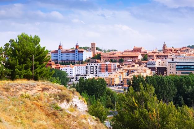 Teruel in de zomer. aragon Gratis Foto