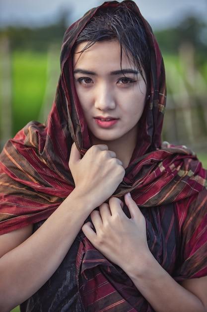 Thaise lokale vrouw, platteland van thailand Premium Foto