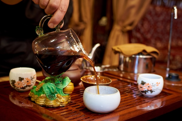Thee ceremonie. instellen voor een theeceremonie. Premium Foto