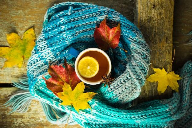Thee met citroen en kruiden Premium Foto