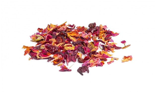 Thee met gekonfijte vruchten en rozenblaadjes Premium Foto