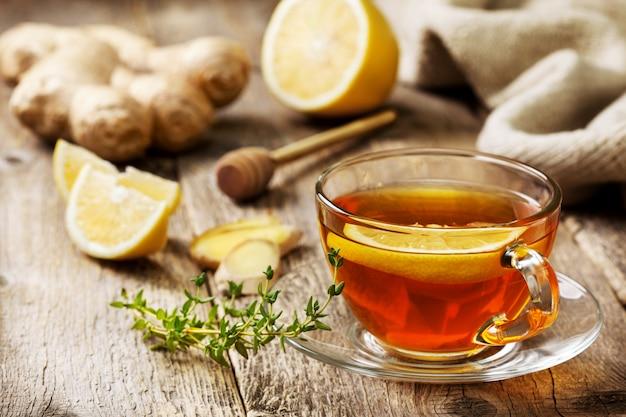 Thee met gember en citroen Premium Foto