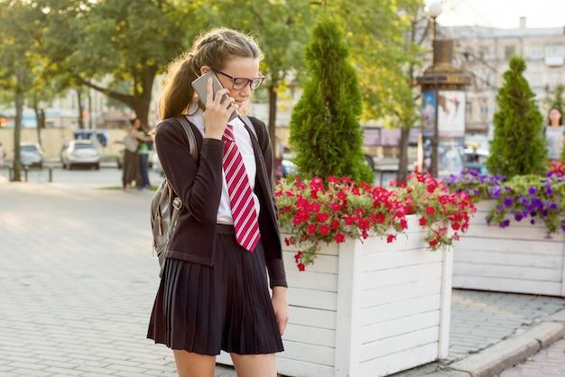 Tiener middelbare schoolstudent Premium Foto