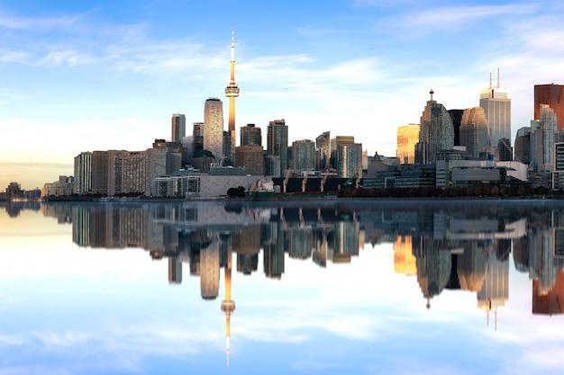 Toronto skyline in de ochtend Premium Foto