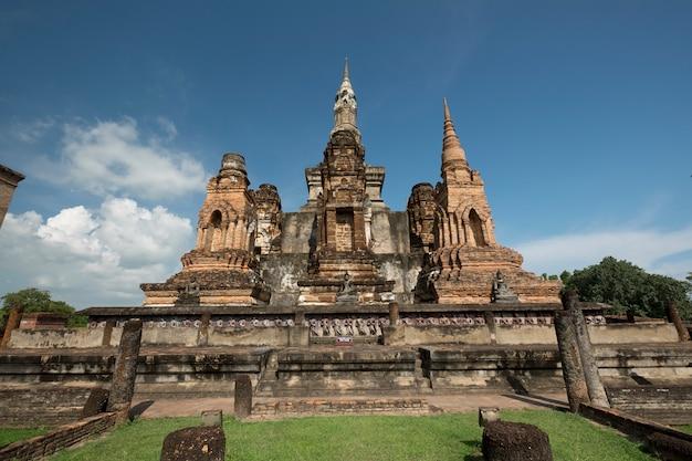 Traditionele antieke tempel sukhothai thailand Gratis Foto
