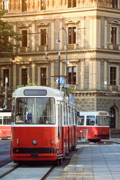 Tram in wenen Premium Foto