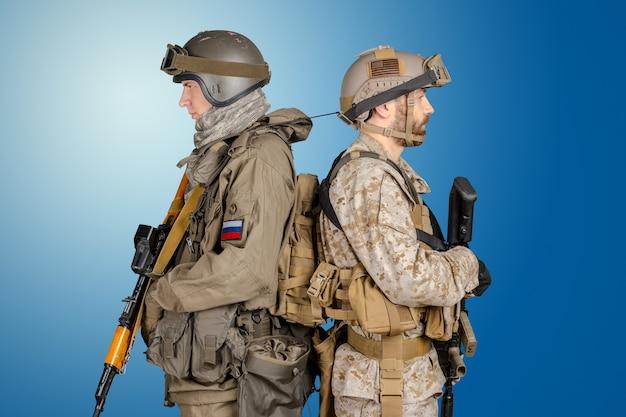 Twee speciale strijdkrachten Premium Foto