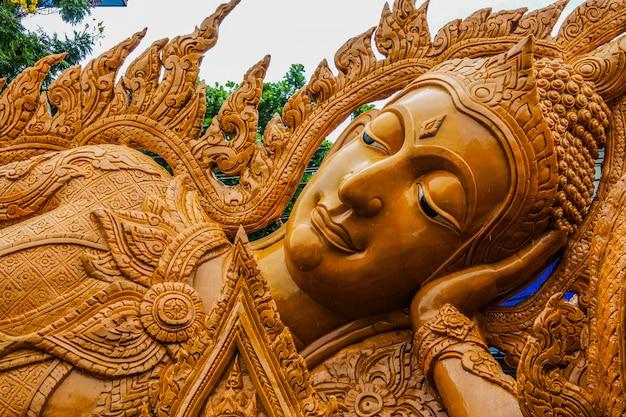 Ubon ratchathani-kaarsfestival, thailand Premium Foto