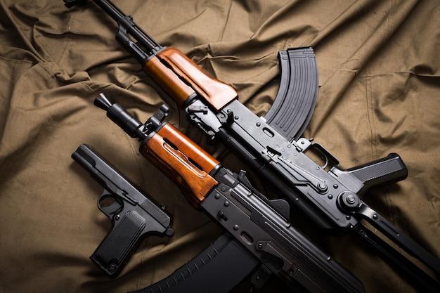 Uitrusting van militaire uitrusting van rusland Premium Foto