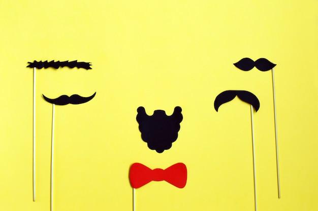 Veel zwart papier moustache Premium Foto