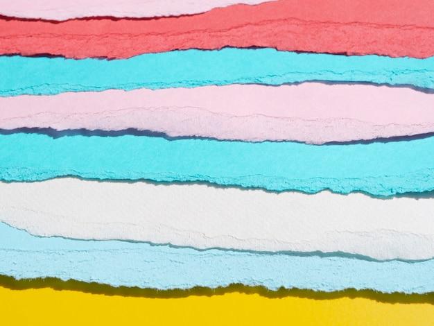Verscheidenheid aan gescheurde abstracte papierlijnen Gratis Foto