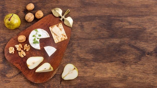 Verscheidenheid aan smakelijke snacks met kopie ruimte Gratis Foto