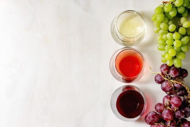 Verscheidenheid aan wijn Premium Foto