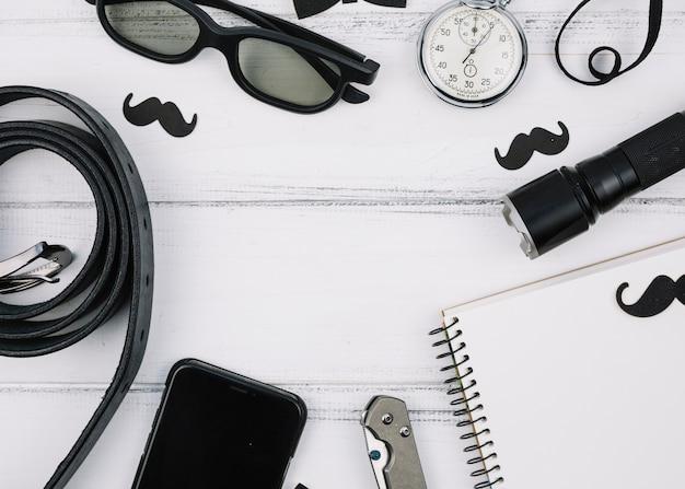 Verschillende mannelijke apparatuur en accessoires Gratis Foto