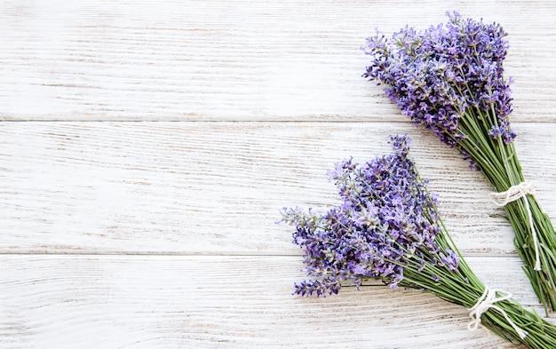 Verse bloemen van lavendel Premium Foto