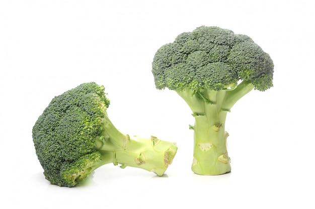 Verse broccoli geïsoleerd Gratis Foto
