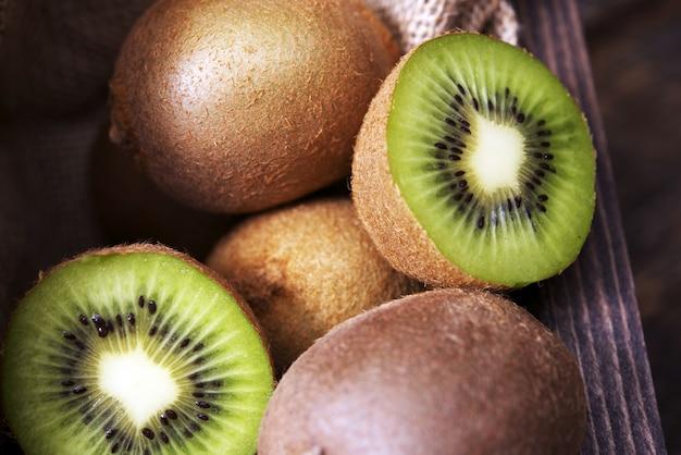 Verse gesneden kiwi Gratis Foto