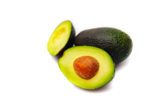 Verse groene avocado's Premium Foto