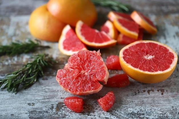 Verse, sappige grapefruits. grapefruit pulp. Premium Foto