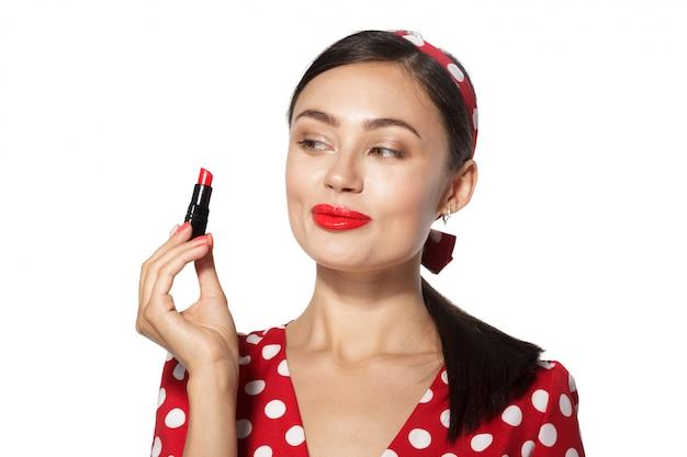 Verzinnen. sluit omhoog portret headshot van jonge vrouw van de pinup retro stijl Premium Foto