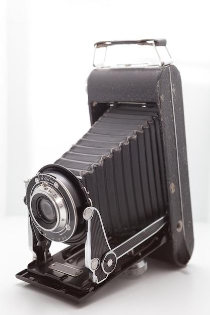 Vintage en retro camera in de studio Premium Foto