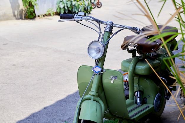 Vintage italiaanse scooter van de lambretta Premium Foto