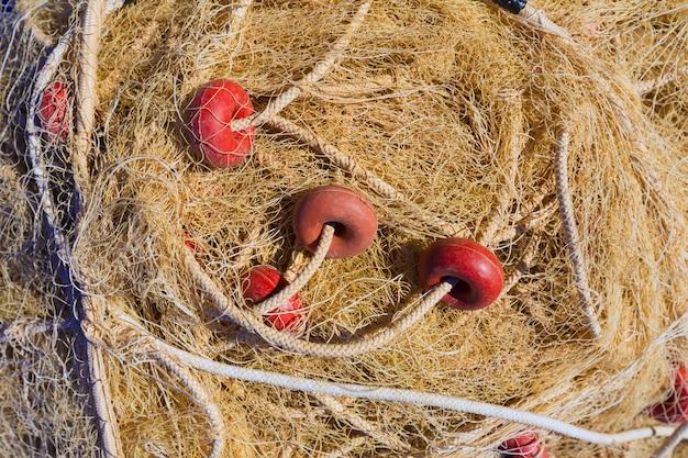 Visserij schakelnet visgerei textuur in de haven van gandia Premium Foto