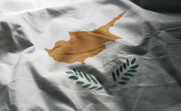Vlag van cyprus verkreukelde close-up Premium Foto
