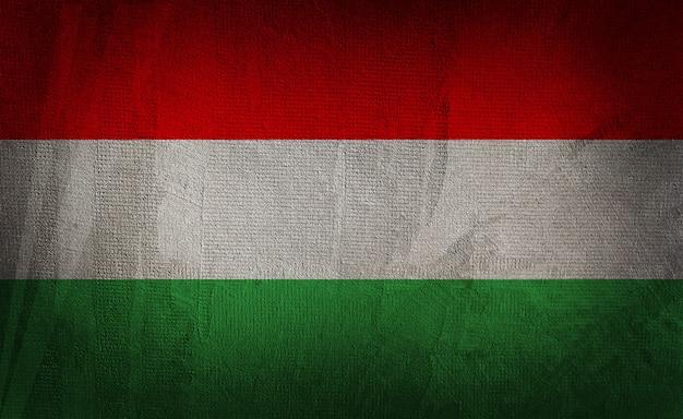 Vlag van hongarije op de donkere textuurachtergrond Premium Foto