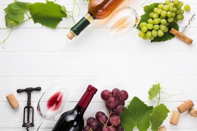 Voedselkader met rode en witte wijn Gratis Foto