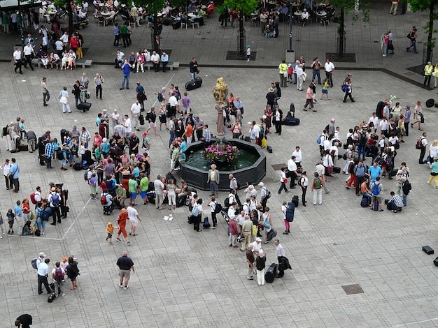 Voldoen aan persoonlijke demonstratie menigte menselijk Gratis Foto
