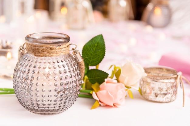 Vooraanzicht assortiment voor quinceañera feest op tafel Gratis Foto