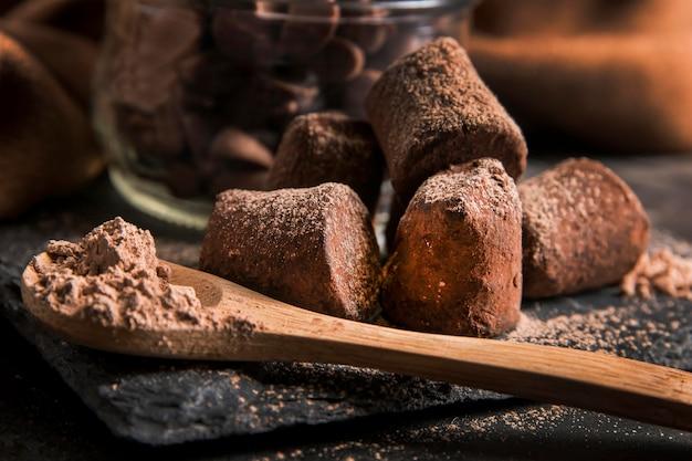 Vooraanzicht heerlijke chocolade snack close-up Gratis Foto