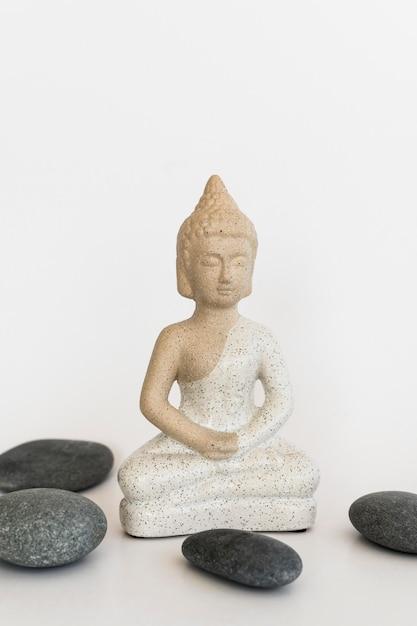 Vooraanzicht van boeddha beeldje Gratis Foto