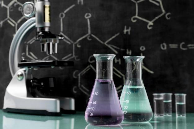 Vooraanzicht van het concept van de fleswetenschap Premium Foto