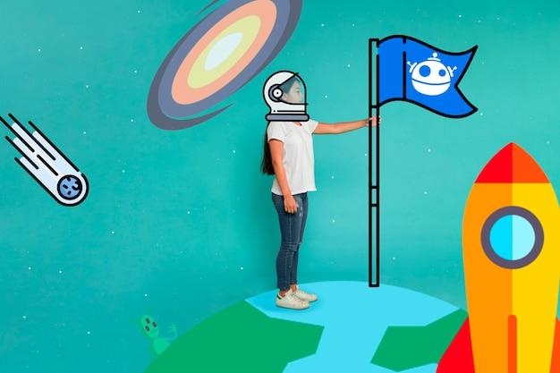 Vrouw met ruimtepakhelm en vlag op aarde Gratis Foto