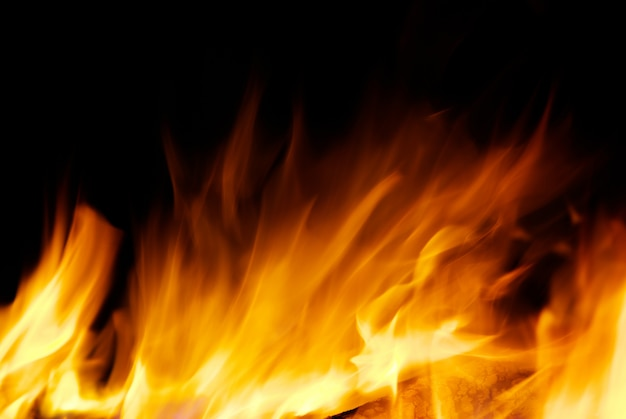 Vuur op donker Premium Foto