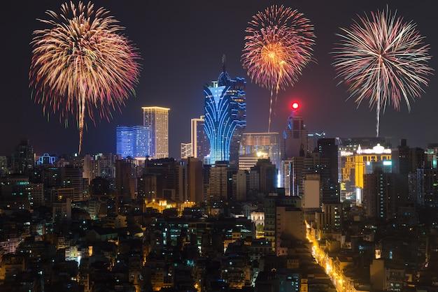 Vuurwerk in macau (macao), china Premium Foto