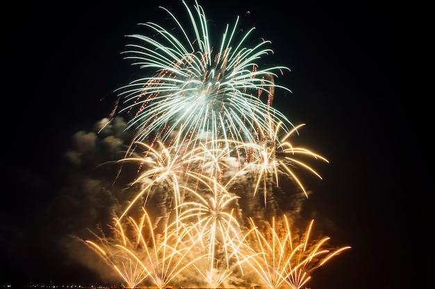 Vuurwerkfestival in thailand Gratis Foto