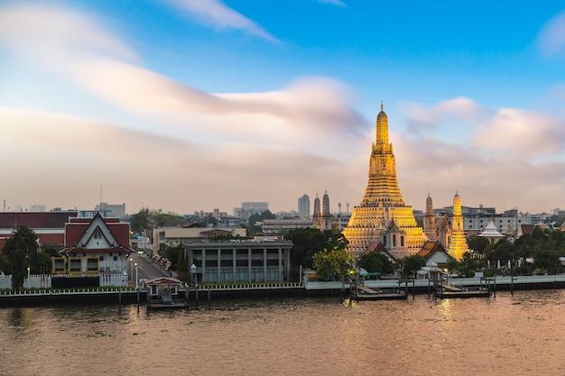 Wat arun-tempel in bangkok, thailand Premium Foto