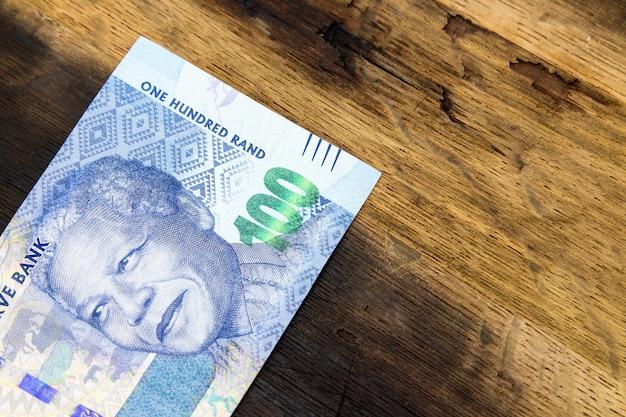 Wat geld op een houten oppervlak Gratis Foto