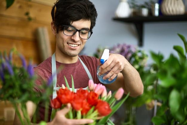 Water gevende tulpen Gratis Foto