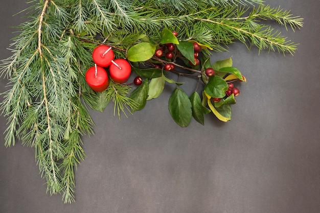Wenskaart met vrolijke kerstmis van de decoratiepartij en gelukkig nieuw jaar Premium Foto