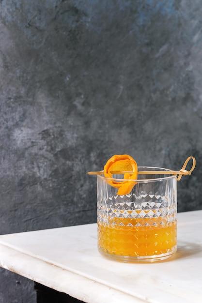 Whisky oranje cocktail Premium Foto