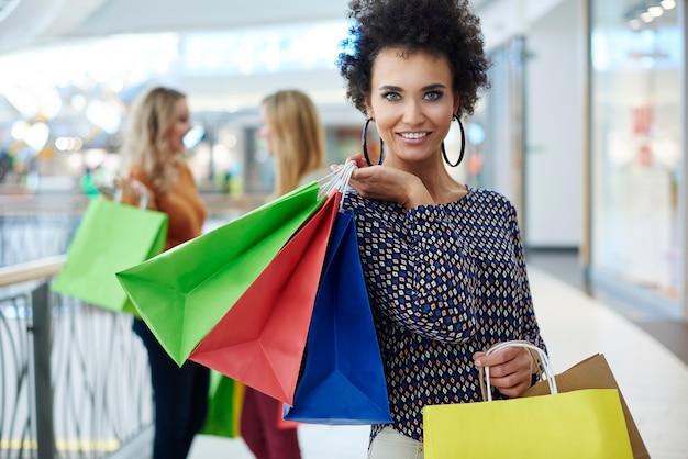 Winkelen is waar vrouwen het meest van houden Gratis Foto