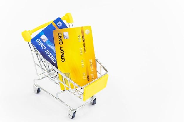 Winkelwagen en creditcard Premium Foto
