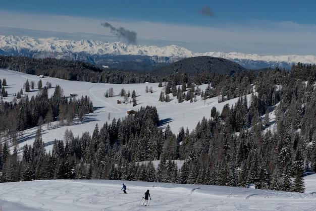 Winterlandschap in de dolomieten Premium Foto