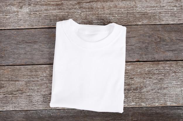 Wit t-shirt Gratis Foto