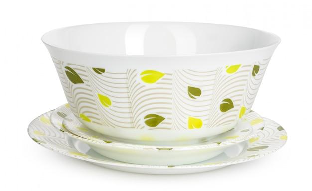 Witte keramiek servies set geïsoleerd op een witte achtergrond Premium Foto