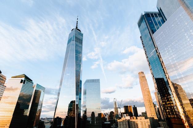 Wolkenkrabbers en gebouw in new york city Gratis Foto
